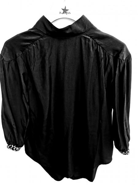 Buena Vista glänzende Bluse mit Stehkragen und Leo Print